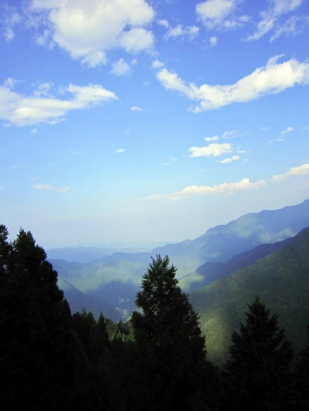 遥拝殿から見た風景 3